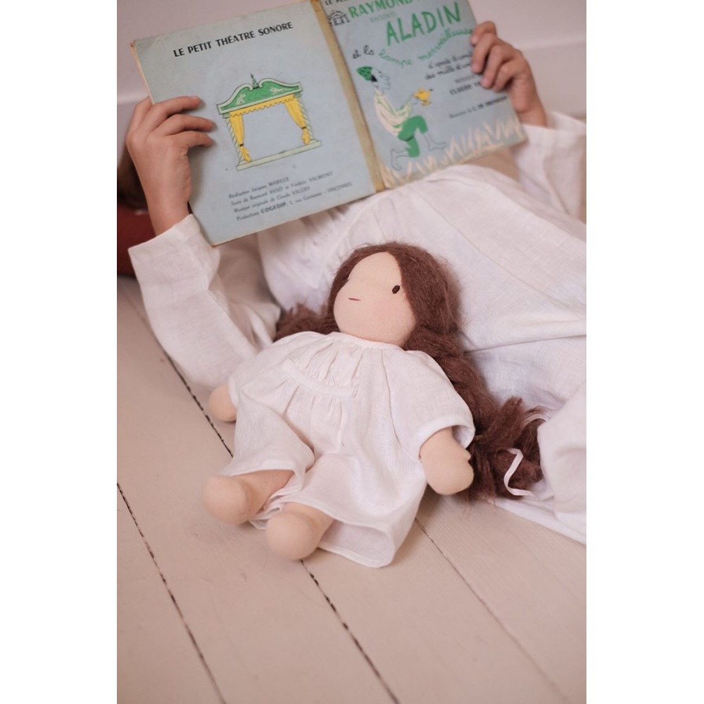 Chemise de nuit pour poupée