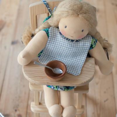 Bib for dolls
