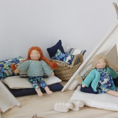 Petit matelas et coussin pour les poupées
