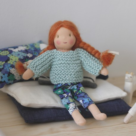 Small duvet cover and pillow for dolls